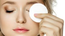 روش های پاک کردن آرایش چشم