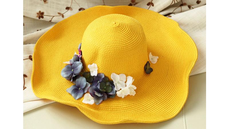 مدل کلاه زرد گل دار