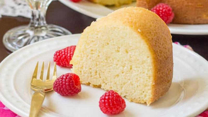 طرز تهیه کیک ساده با شیر
